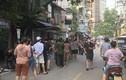 Hà Nội: Dừng cấp giấy ra vào tại phường Chương Dương
