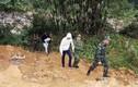 Bắt hai người Trung Quốc đưa bé trai 13 ngày tuổi qua biên giới