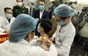 """Tận tường quá trình """"chạy đua"""" sản xuất vắc xin COVID-19 của Việt Nam"""