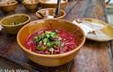 """""""Ớn lạnh"""" những món ăn tươi nuốt sống của Thái Lan"""
