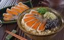 """Loại cá lên men """"thum thủm"""" được giới quý tộc Nhật mê mẩn"""