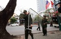 Dựng hàng rào an ninh hai lớp quanh khách sạn có đoàn Triều Tiên