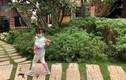 Bé gái 3 tuổi rưỡi tạo dáng 'check in' Đà Lạt siêu dễ thương