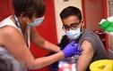 """""""Quái vật"""" Delta tiếp tục lộng hành, đã tới lúc cần vắc xin COVID-19 mới?"""