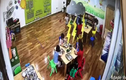 Hà Nội: Trẻ mầm non bị giáo viên nhốt vào tủ tuần áo