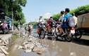 """Hà Nội: Dân chật vật với con đường """"không mưa cũng ngập"""""""