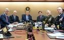 Sự đối lập tổng thống Trump - Obama qua ảnh trong phòng Tình huống Nhà Trắng