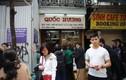 Xếp hàng mua bánh chưng, người Hà Nội gợi nhớ về 1 thuở khó