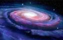 """Kinh hãi """"quái vật mãng xà"""" đang cuốn lấy thiên hà chứa Trái đất"""