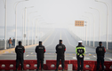 Người dân Hồ Bắc tháo chạy qua sông Dương Tử để tránh virus corona