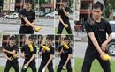 Giới trẻ làm xiếc với chai lọ trên đường phố
