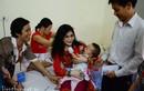 Nhà báo tặng 20triệu cho con anh lính Trường Sa chữa bệnh