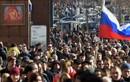 Cảnh sát Moscow có cách đối phó cực lạ với người biểu tình