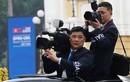 Những phóng viên Triều Tiên lặng lẽ chuyên tâm tác nghiệp tại Việt Nam