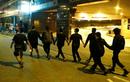 Người biểu tình Hong Kong mệt mỏi đầu hàng cảnh sát, rút khỏi trường đại học