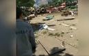 Video: Container mất kiểm soát, hất văng loạt xe trên đường