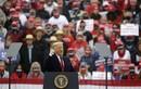 Ông Trump và Biden khẩu chiến kịch liệt ở bang chiến địa Pennsylvania