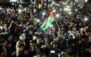 Cảnh người dân Gaza đổ ra đường ăn mừng sau khi Israel-Hamas ngừng bắn