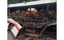Vụ nổ xe khách nhiều người Việt tử vong: Lái xe là người Lào?