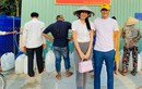 Kêu gọi hỗ trợ miền Trung, vợ chồng Thủy Tiên làm từ thiện thế nào?