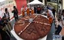 Kinh ngạc bánh trung thu khổng lồ 68 kg