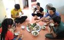 Thói quen ngồi khoanh chân khi ăn cơm không ngờ nhiều lợi ích tới vậy