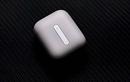 Tai nghe OPPO Enco Free thiết kế hộp đựng giống Apple AirPods