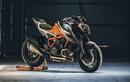 """Siêu naked-bike KTM 1290 Super Duke RR """"cháy hàng"""" sau 48 phút"""