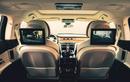 Khách ngồi xe siêu sang Bentley có thể hát karaoke thoải mái