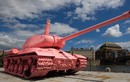 Séc: Thanh niên đem xe tăng và pháo đi đăng kí giấy tờ