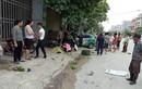 Đâm mạnh, taxi kéo lê người phụ nữ bán rau trên đường