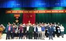 Công đoàn Liên hiệp Hội Việt Nam trao 100 suất quà cho người dân vùng lũ Hà Tĩnh