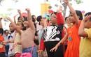 """Bố con Hoàng Bách """"tung hoành"""" tại lễ hội Comic Con Nhí"""