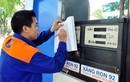 Giá xăng dầu giảm liên tục, Petrolimex vẫn lãi gần 2.000 tỉ đồng