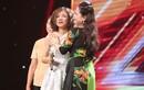 Gặp lại mẹ tại The X-Factor, thí sinh 16 tuổi bật khóc
