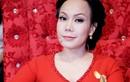 """Việt Hương cúi đầu xin lỗi vì giễu cợt """"thô tục"""" ở đám cưới"""