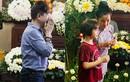 Long Nhật bật khóc, Thúy Nga đưa con gái đến viếng nghệ sĩ Anh Vũ