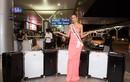 Hoàng Thùy đóng phạt 2000 USD vì mang 12 kiện hàng lý thi Miss Universe