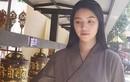 Jolie Nguyễn lộ vẻ tiều tụy khi đi chùa cầu an sau ồn ào