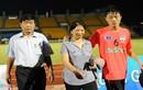 Phụ huynh cầu thủ U19 chi tiền triệu để xem con thi đấu
