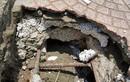"""Sợ """"vỡ mật"""" với cây cầu làm bằng... xốp và cát"""