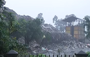 """Video: """"Soi"""" bãi rác khổng lồ làm khổ dân Hà Nội"""