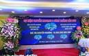 Xôn xao hình ảnh buổi lễ nhượng bán hoa lan 5 cánh trắng gần 19 tỷ ở Hà Nam