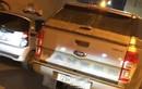 Bán tải gây tai nạn khiến người phụ nữ bị thương rồi bỏ chạy