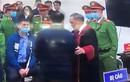 Bắt tay bị cáo Nguyễn Đức Chung, thẩm phán Trương Việt Toàn nói gì?
