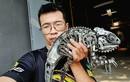 Chàng trai tạo ra con khủng long sắt bán giá trăm triệu