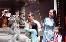 Sao Việt nô nức lên chùa cầu an đầu năm