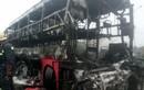 Hai xe khách tông nhau bốc cháy, hơn 10 người thiệt mạng
