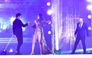 Nam Em biểu diễn trong chung kết HH Đại sứ Du lịch Thế giới