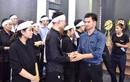 Xuân Bắc và dàn nghệ sĩ nghẹn ngào tiễn đưa đạo diễn Phạm Đông Hồng